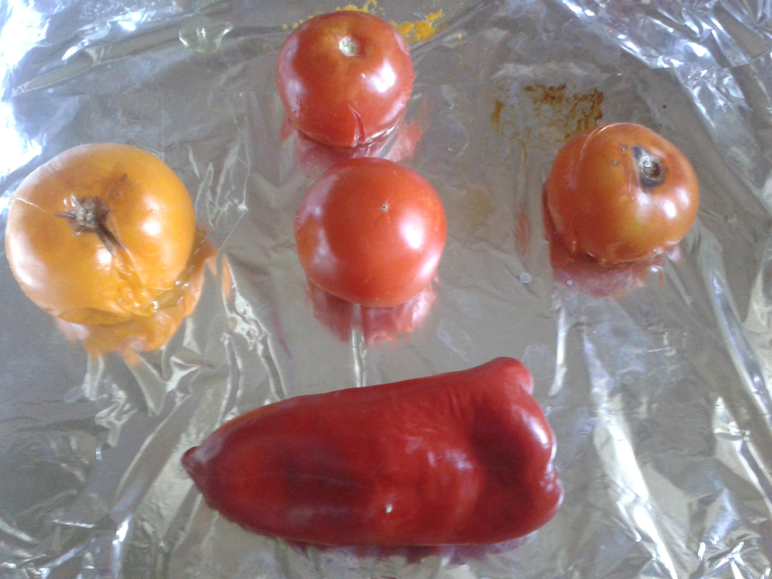 Острый соус как пикантное дополнение к основным блюдам
