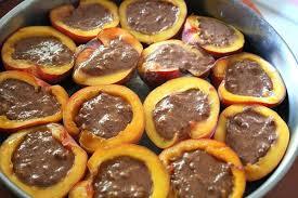 Персики фаршированные.