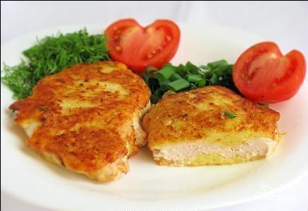 Рыба, жаренная в сырном кляре.