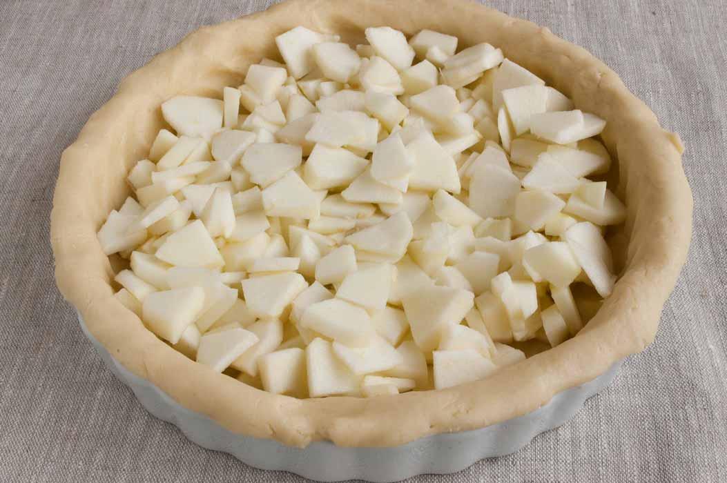 ннарезать яблоки