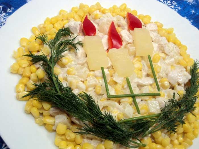 Салат выложить на блюдо для подачи