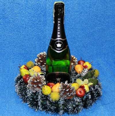 Венок для стола - подставка для шампанского