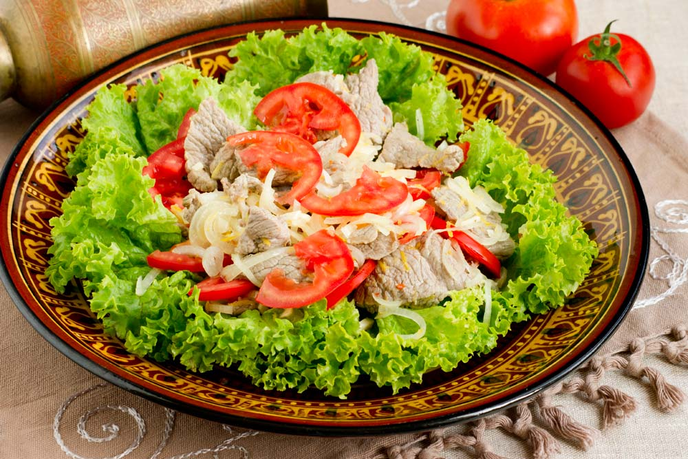 Оригинальный мясной салат с